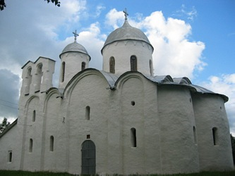 Pskov. John the Baptist's Nativity Cathedral.