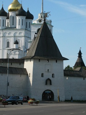 Kremlin. Pskov city, Old Saint Tower.